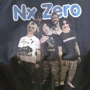 CAMISETA PRETA ROCK N ROLL NX ZERO