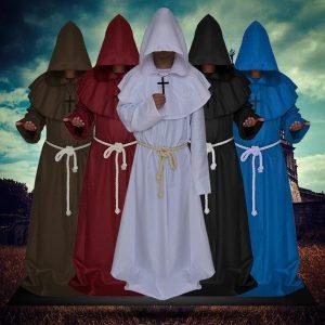 CAPA SOBRETUDO Monk Capuz Robes Capa Manto Frade Sacerdote Do Renascimento Medieval Homens Robe Roupas Halloween Comic Con Party Cosplay R$250,00 FRETE GRATIS