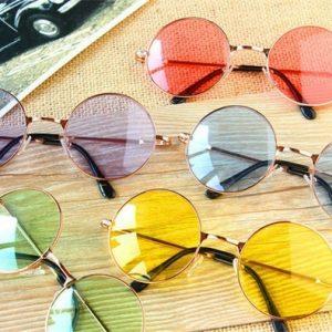 OCULOS Homens Mulheres Unissex Lentes Coloridas Do Vintage Hippie Óculos De Sol Retro Círculo De Metal Círculo Óculos De Sol R$30,00 FRETE GRATIS
