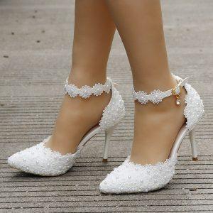 Sapato de casamento de renda branca mulheres saltos altos saltos finos apontou toe saltos de casamento R$200,00  FRETE GRATIS SITE aqui www.DUGEZZU.com.br boas compras
