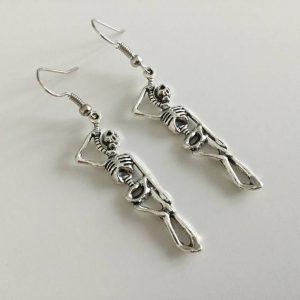 Brincos de esqueleto, crânio, jóias de esqueleto, bonito, gótico, gótico, nerd R$35,00 FRETE GRATIS  SITE aqui www.DUGEZZU.com.br boas compras
