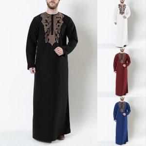 CAPA SOBRETUDO Homens muçulmanos impresso o pescoço kafan abaya longo robes masculino islâmico manga comprida abaya robes plus size (s-5xl) R$250,00  FRETE GRATIS  SITE Aqui Www.DUGEZZU.Com.Br Boas Compras