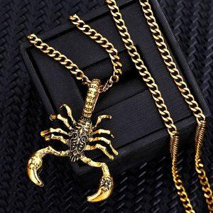 COLAR Nova Moda Mens Vintage Titanium Aço Prata / Ouro Escorpião Colar de Pingente de Corrente 18 K Banhado A Ouro & 925 Colares de Jóias de Prata FRETE GRATIS
