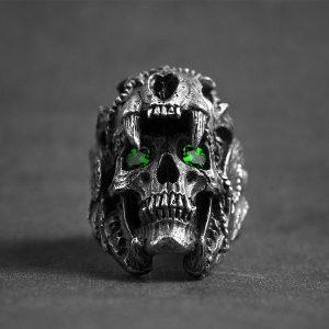 ANEL Aço inoxidável 316L Indian Jaguar Emerald Eye Crânio Anel Do Vintage Do Punk Jóias Legal Menino Anel de Motociclista FRETE GRATIS