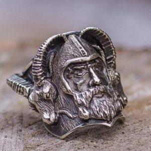 ANEL Único anel de aço inoxidável viking mens nórdico cabra crânio guerreiro motociclista anéis amuleto jóias FRETE GRATIS