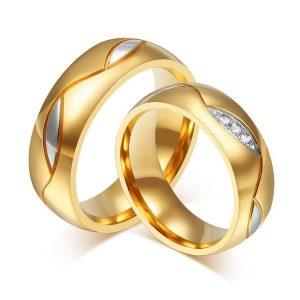 ALIANÇA Mulheres homens anel de casamento de zircônia cúbica banhado a ouro amantes de aço inoxidável anel de diamante presentes de jóias de casamento Www.DUGEZZU.Com.Br ANTECIPE SUAS COMPRAS DEMORA ALGUNS DIAS PRA VOCE RECEBER FIQUE A VONTADE E BOAS COMPRAS …FRETE GRATIS EMPRESA Facebook.Com/Dugezzurockshop/ QUER VER TODOS OS PRODUTOS ANTES DE COMPRAR Www.Facebook.Com/Dugezzu/Photos_all………. FRETE GRATIS