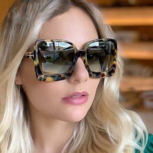 OCULOS Mulheres moda de luxo oversized óculos de sol pretos gradiente feminino óculos de sol oculos de sol Www.DUGEZZU.Com.Br Boas Compras ANTECIPE SUAS COMPRAS DEMORA ALGUNS DIAS PRA VOCE RECEBER FIQUE A VONTADE E BOAS COMPRAS…FRETE GRATIS…ENTREGAMOS EM SEU CONFORTO Ou ONDE VC INDICAR EM TODO LUGAR BASTA VOCE SE CADASTRAR aqui Www.DUGEZZU.Com.Br na LOJA VIRTUAL…. EMPRESA facebook.com/dugezzurockshop…   QUER VER TODOS OS PRODUTOS ANTES DE COMPRAR  www.facebook.com/dugezzu/photos_all………. FRETE GRATIS Comprar Em Www.DUGEZZU.Com.Br Ou No Seu CELULAR Ou AQUI Na LOJA digite O PRIMEIRO NOME DO PRODUTO DESEJADO Por Exemplo (CELULAR)