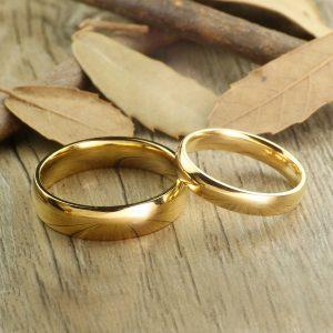 ALIANÇA  Clássico nunca desbotar cor de ouro anéis de casamento de carboneto de tungstênio para casal 6mm para ele 4mm para ela Www.DUGEZZU.Com.Br Boas Compras ANTECIPE SUAS COMPRAS DEMORA ALGUNS DIAS PRA VOCE RECEBER FIQUE A VONTADE E BOAS COMPRAS …FRETE GRATIS ENTREGAMOS EM SEU ENDEREÇO EM SEU CONFORTO Ou ONDE VC INDICAR EM TODO LUGAR  EMPRESA DUGEZZU.com.br… QUER VER TODOS OS PRODUTOS ANTES DE COMPRAR  www.facebook.com/dugezzu/photos_all………. FRETE GRATIS Comprar Em Www.DUGEZZU.Com.Br Ou No Seu CELULAR Ou AQUI Na LOJA digite O PRIMEIRO NOME DO PRODUTO DESEJADO Por Exemplo (CELULAR)
