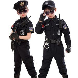 CONJUNTO OMM Trajes de policial de Halloween para crianças Festa de crianças Carnaval Uniforme de polícia 110-160 cm Conjuntos de roupas cosplay de policiais do exército    Www.DUGEZZU.Com.Br  A SUA LOJA VIRTUAL ALTERNATIVA NA INTERNET ACESSE E BOAS COMPRAS, AGORA COM PAGSEGURO ANTECIPE SUAS COMPRAS DEMORA ALGUNS DIAS PRA VOCE RECEBER FIQUE A VONTADE E BOAS COMPRAS …FRETE GRATIS EMPRESA – FONE/ZAP 67 9999-9-5555 Facebook.Com/Dugezzurockshop/ QUER VER TODOS OS PRODUTOS ANTES DE COMPRAR www.facebook.com/dugezzu/photos_all ………. FRETE GRATIS FAÇA SUA COMPRA AGORA Ou No Seu CELULAR Ou AQUI Na LOJA https://pagseguro.uol.com.br/operations/charging.jhtml……..